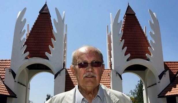 81 éve született Makovecz Imre
