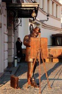 Kárpátalja – Roskovics Ignác festőművész szobra Ungváron