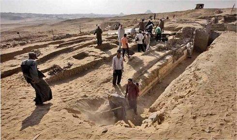 Cseh régészek feltárták Shepseskaf 'ankh 4500 éves érintetlen sírját