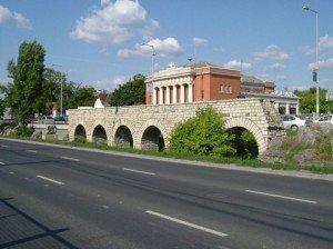 Megtalálták Aquincum 120 éve keresett keleti városfalát