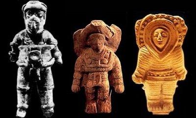 Maja asztronauta szobrok