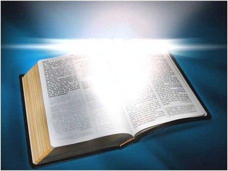 Az 1945-ben előkerült pergamenek alapján kimondható, hogy nem az eredeti szentiratokat tették be a Bibliába