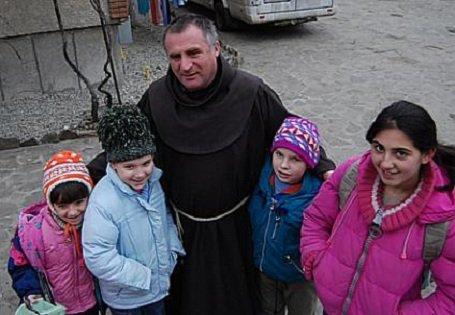 Nagyvárad – gyermekotthont nyit Böjte Csaba