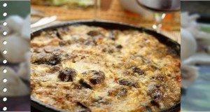 Finom ebéd pár perc alatt – Gombás, tejfölös-sajtos csirkemell