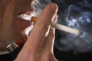 4 villámgyors házi praktika, ha el akarod tüntetni a cigiszagot