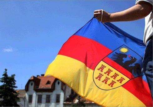 Erdély – Nyílt levél  Ráduly Róbert polgármester úrnak – Tűzzük ki az Erdély zászlót!
