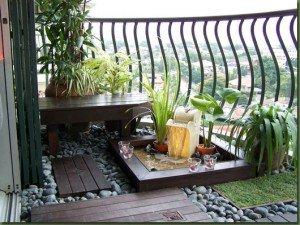 Lomtárak helyett erkélyek