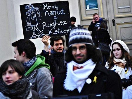 Szentesi Zöldi László: Egyetemi lázadók