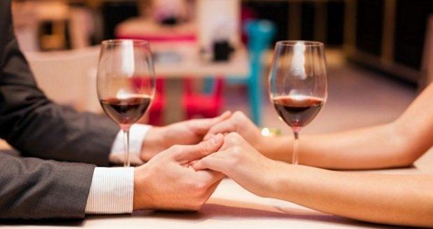 A boldog házasélet egyik titka:  Alkalomszerű közös iszogatás