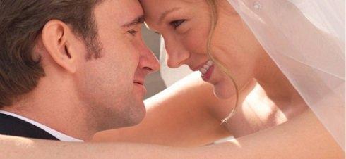 A házasság jobban boldogít, mint a magas fizetés