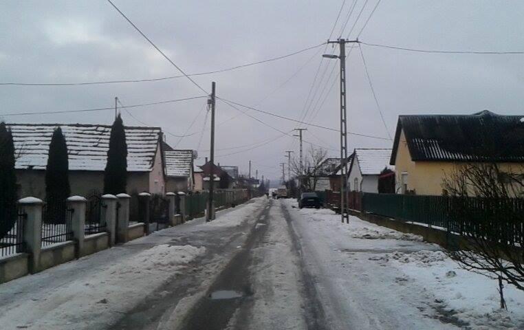 hodaszi_tel