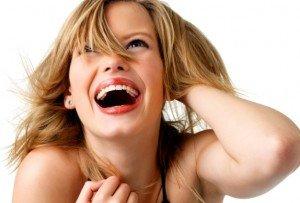 Vicces, játékos nőket keresnek a férfiak, nem cicababákat