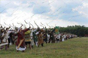 Nyílzápor Ópusztaszeren a 907-es pozsonyi magyar győzelem emlékére
