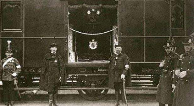 111 évvel ezelőtt hozták magyar földre a vezérlő fejedelem hamvait