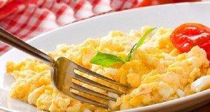 Könnyű reggeli – Szendvics grillezett pulykával, sajttal és almával – Grillezett pulyka nincs, a sajt tegnap elfogyott…