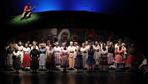 Magyarországi és kárpátaljai társulatok az erdélyi Sorompók Nélkül fesztiválon