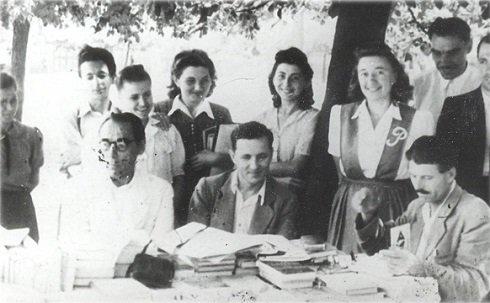 Irodalmi est Békésen 1946-ban Szabó Lőrinccel és Sinka Istvánnal