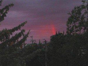 Ki korán kel, vörös szivárványt lel