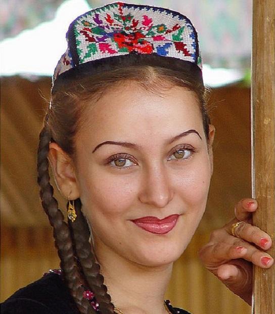 Ujgur nő