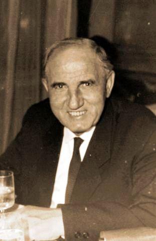 Dr.Vasváry Kálmán, egyetemi professzor, régész