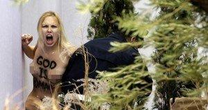 Az ördög karácsonykor ott volt Vatikánban 18+