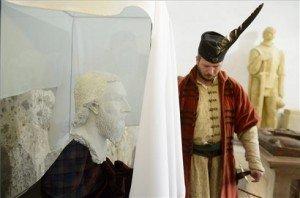 Felavatták Dobó István arcmását az egri várban