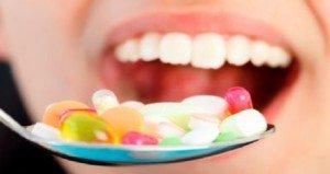 Drazsékba gyömöszölt sokféle vitamin molekula