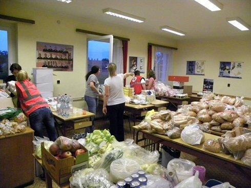 Árvíz – Adománygyűjtő pontokat hozott létre Magyar Vöröskereszt