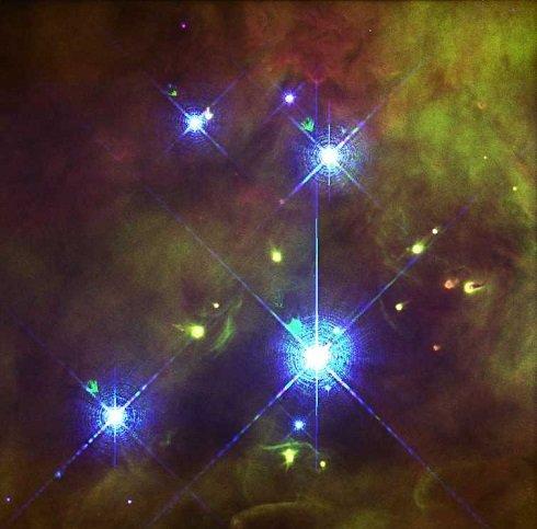 Orion csillagkép - Szinte minden kultúrában fontos szerepet tölt be az égen ez a csillagkép - természetesen más-más néven és köntösben