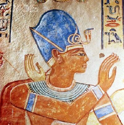 """III. Ramses fáraó képe """"egyiptomi kékkel"""" színezve"""