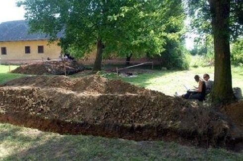 Az ásatások megkezdődtek Szigetváron 2013. szeptemberében - Fotó: hir24