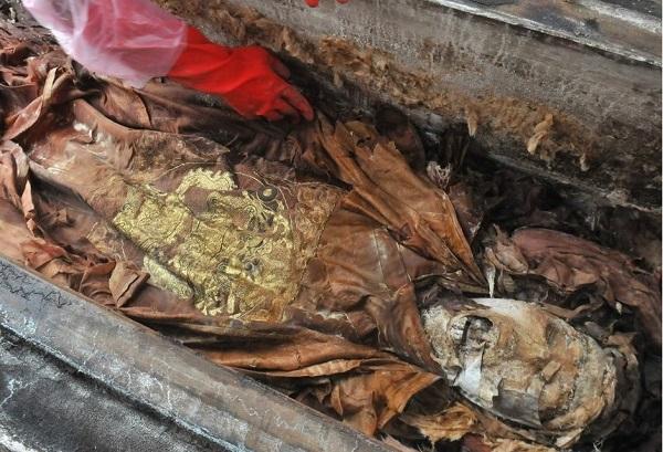 Albrecht Rümschtein Budapesten ugyanazt a sírt tárta fel, mint a kínaiak Nanchang városában?
