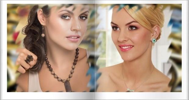Barna nyakék fa és akril gyöngyökkel, kék virág nyakék swarovski elemekből készült.