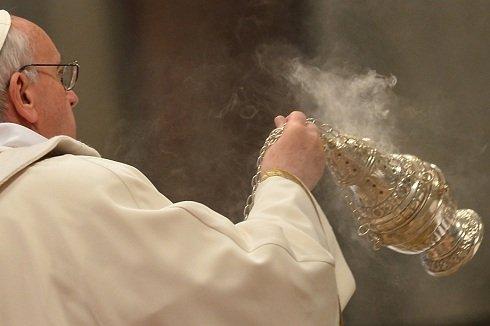 Vatikánváros - Ferenc pápa a Szent Péter Bazilikában