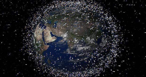 Számítógép által generált kép bemutatja a Föld körüli űrszemét elhelyezkedését. © AP Photo / ESA